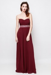Strapless dress adorned sequins